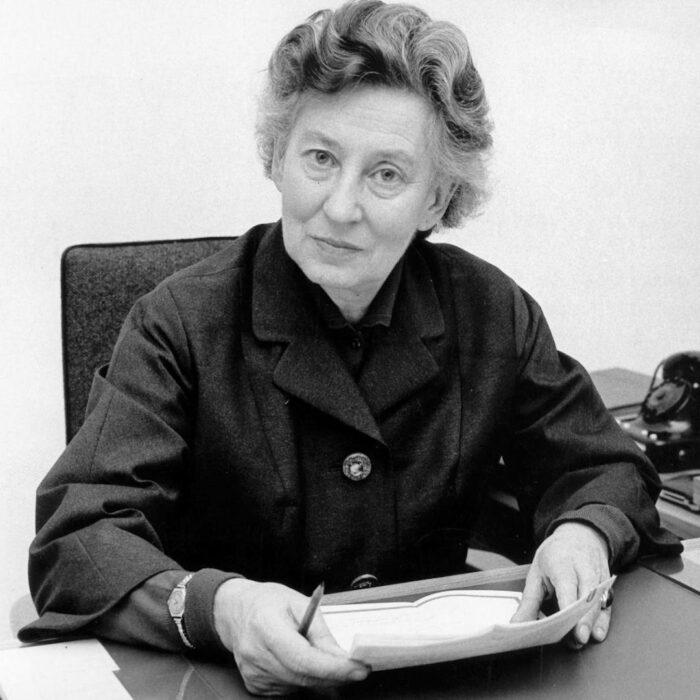 Elisabeth Schwarzhaupt (1901–1986)
